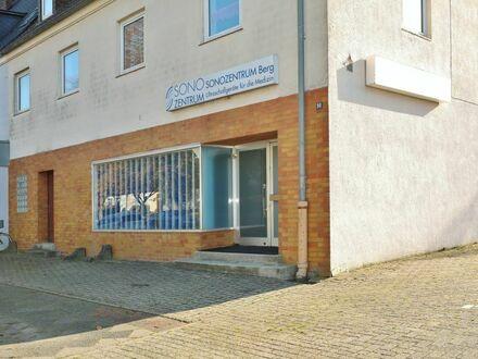 TT bietet an: Verkaufs- oder Ladenlokal in Wilhelmshaven Nord!