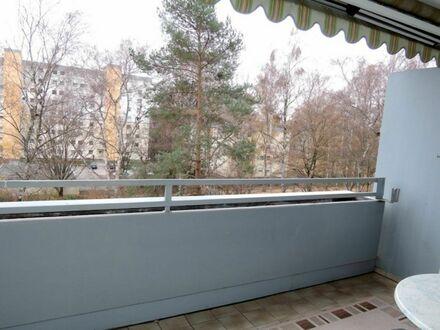3 1 5. 0 0 0,- für SOFORT freie 8 4 qm Komfortwohnung + SONNEN- BALKON zur parkähnlichen Grünanlage