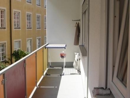 Schicke 3 Zimmer-Wohnung im Stadtzentrum mit Südbalkon