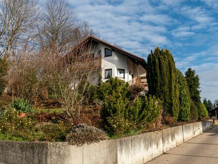 Sofort bezugsfrei! Repräsentatives Einfamilienhaus mit ELW in toller Lage bei Senden-Wullenstetten