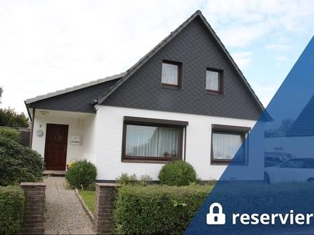Bremerhaven-Surheide: Gepf. EFH, Garten, Garage, als Zweifam.-Haus umbaub., ruhige Wohnlg, Obj. 5340