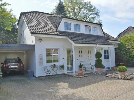 Gepflegtes Doppelhaus mit zwei kleinen Wohneinheiten in Oldenburg-Ohmstede