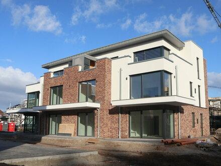 Gemütliche Neubau-Wohnung mit. gr. Terrasse & vielen Extras!