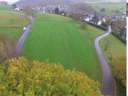 Ackerland/ Grünfläche/ Weidefläche in Oberdielfen!