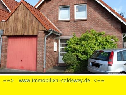 Zweiparteienhaus als mögl. Kapitalanlage in ruhiger Lage von Westerstede !!!