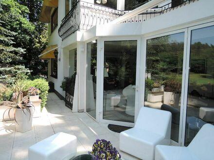 2 8 8 qm LUXUS Villa + offenen Grundriss in bester Nachbarschaft + atemberaubender SONNEN- TERRASSE