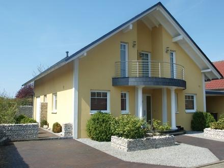 Neuwertiges Einfamilienhaus in ruhiger Lage