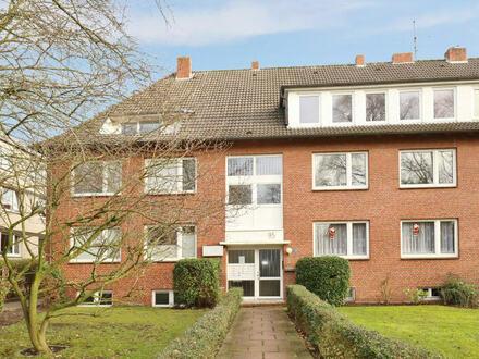 TT Immobilien bietet Ihnen: 3-Zimmer-Mietwohnung mit Balkon im Villenviertel!