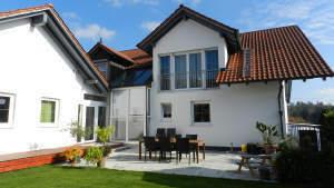 Großes attraktives Einfamilienhaus mit Einliegerwohnung