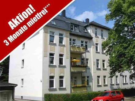 +++ Gemütliche 3 Raumwohnung mit Balkon und Einbauküche im Musikerviertel +++