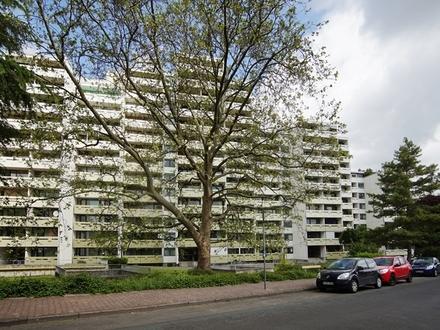 Frankfurt-Oberrad: Vermietete 4-Zimmerwohnung mit Garage und großem Balkon!