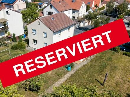 Rohdiamant wartet auf Feinschliff - Großes Grundstück mit Potential - Bauträger aufgepasst!