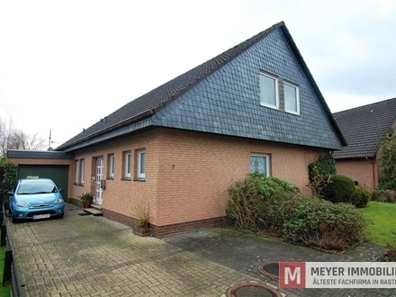 Ruhig gelegenes Wohnhaus mit großer Ausbaureserve in Rastede (Obj.-Nr. 5845)