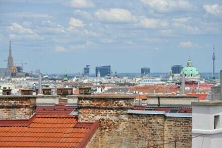 96 m² Dachgeschosswohnung mit traumhafter Terrasse im 5. Bezirk