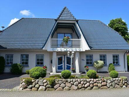 Exklusives Einfamilienhaus mit Einliegerwohnung stilvoll und modern!