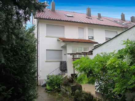 DHH, mit großem Garten und Garage