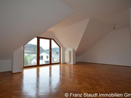 Gepflegtes Mehrfamilienhaus mit 4 Wohneinheiten in Haibach OT