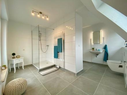 Provisionsfrei! Frisch renoviertes Einfamilienhaus bereits freigestellt