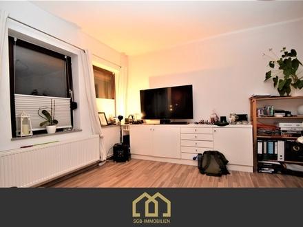 Kattenturm / Möblierte 2,5-Zimmer-Wohnung mit Dachterrasse und Einbauküche