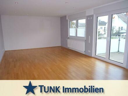 Bildschöne 5-Zimmer-Wohnung mit Einbauküche und Balkon in Bruchköbel!