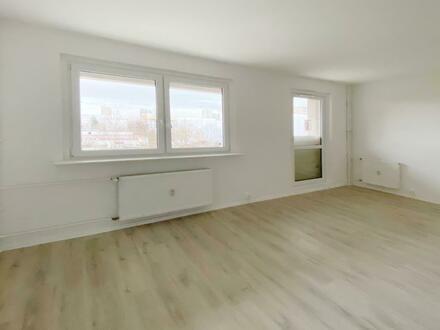 Singles und Studenten aufgepasst! Ein-Raum-Wohnung neu saniert!