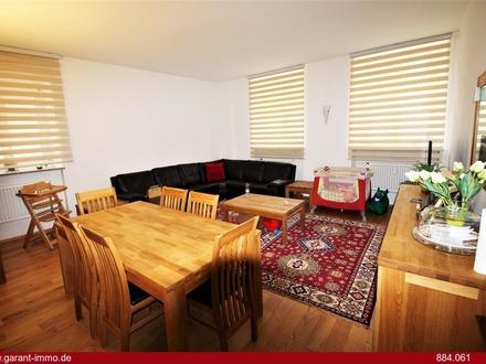 ***3 Zimmer-Wohnung im Herzen der Altstadt in ruhiger Nebenstraße, saniert mit Balkon***