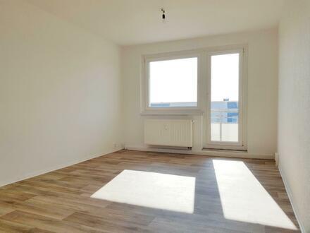 2 Raum Wohnung mit Wannenbad und Tageslicht