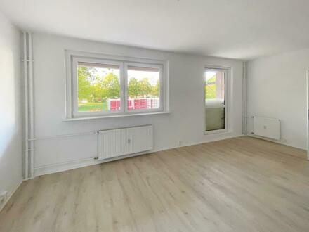 Hochwertig sanierte 2 Zimmer Wohnung im Erdgeschoss