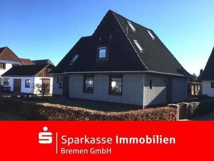 Ein-/Zweifmilienhaus mit großem Grundstück und Nebengebäuden in bevorzugter Lage von Bremen Grolland