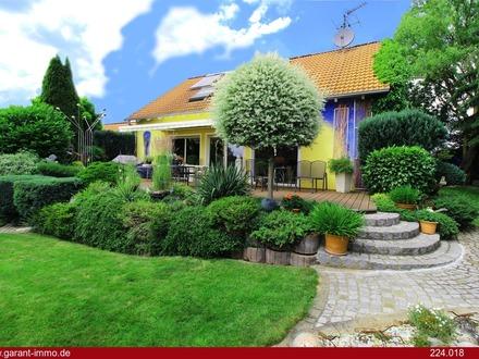 Luxuriöses Haus mit moderner Wärmepumpenheizung, in ruhiger Traumlage, für Gartenliebhaber
