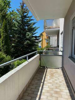 Helle Wohnung mit großem Balkon in begehrter Lage!