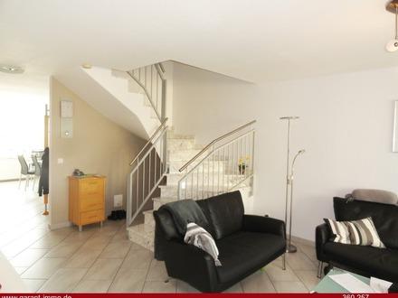 Fast neuwertige 6 1/2 Zimmer-Wohnung in Tübingen