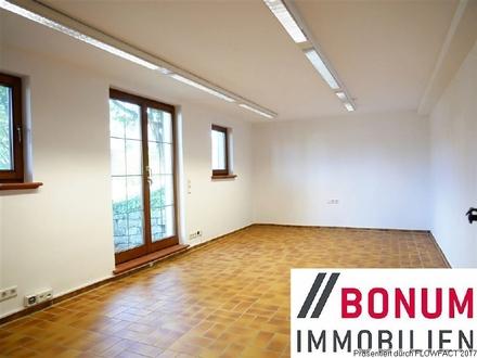 Helle Büroeinheit auf ca 33 qm in Burgstetten