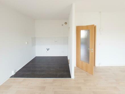 TOP 3-Zimmerwohnung mit Balkon // Bad + Wanne // PVC-Belag // Einbauküche optional*