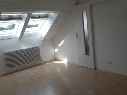 Wohnzimmer Richtung Küche