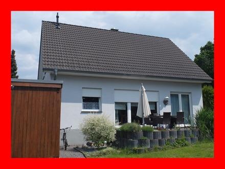Junges Haus sucht junge Familie in Oberbecksen.