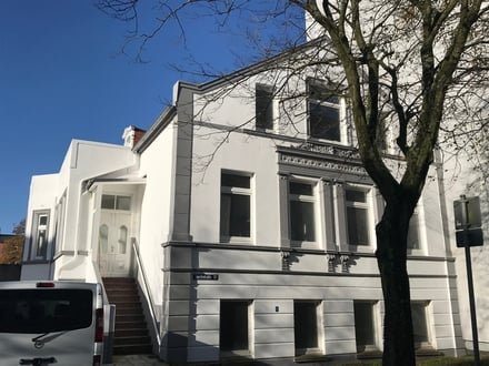 3 Familien-Haus in WHV - City