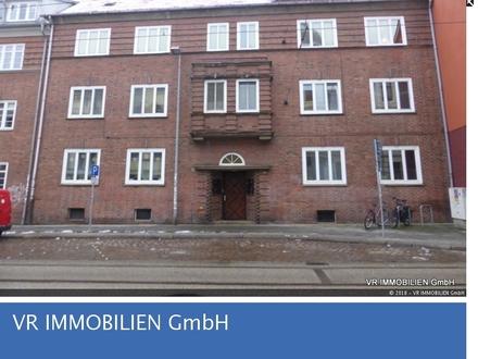 Familienwohnung mit 4 Zimmern in der Schweriner Feldstadt