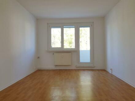 Ideal für Familie! 4-Raum-Wohnung mit Balkon