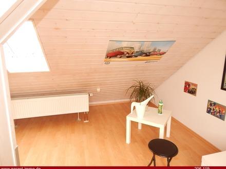 Moderne, helle 4 Zimmer-Maisonette-Wohnung mit Garage in attraktiver Lage!
