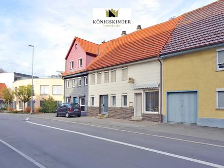 Möbliertes RMH mit Schnellimbiss in zentraler Lage von Albstadt