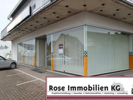 Rose-Immobilien-KG: Ladenlokal mit großer Schaufensterfront in Preußisch Oldendorf