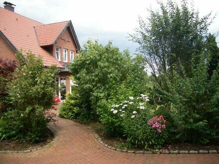 Naturnah wohnen! - komfortables Wohnhaus mit Heuerhaus