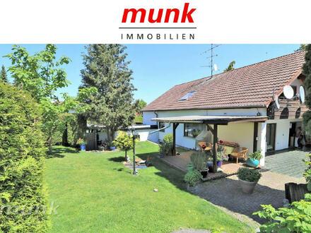 Viel Platz und Freiraum für zwei Familien in Ulm/Einsingen!