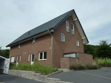 Zweifamilienhaus als Doppelhaus in Vlotho - Uffeln
