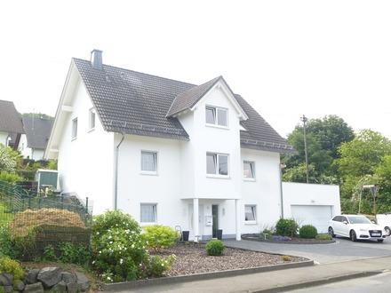 Ein Haus für jede Lebenssituation! Schickes barrierefreies Einfamilienhaus in Wilnsdorf-Gernsdorf