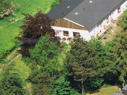 Arpsdorf: Grünes Paradies in Dorflage