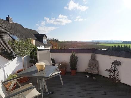Idyllisch gelegene 3-Zimmer-Wohnung mit Dachterrasse und hochwertiger Ausstattung in Meeder