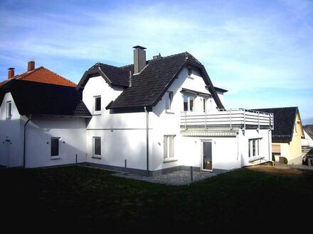 Vermietung einer komplett sanierten 3-Zimmerwohnung in ruhiger Lage von Porta Westfalica-Barkhausen