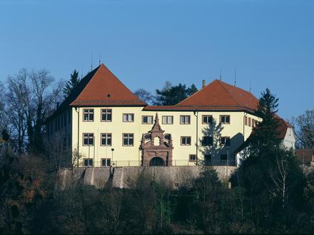 Stilvolle Schlossgaststätte in Neuenbürg (Enzkreis)